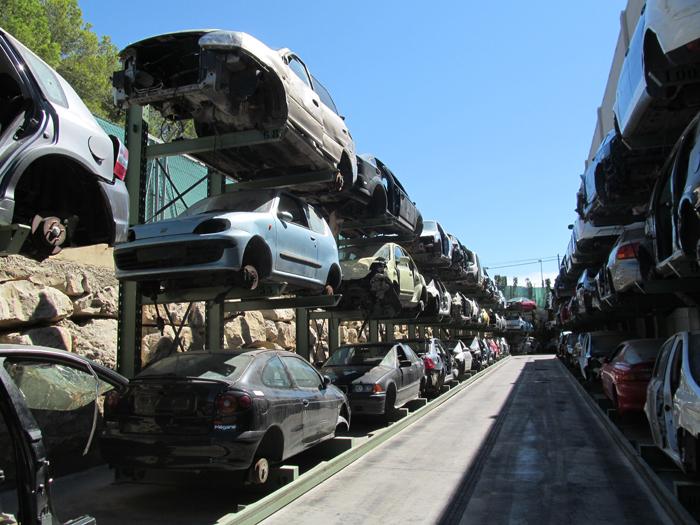zona de almacenamiento de vehiculos descontaminados